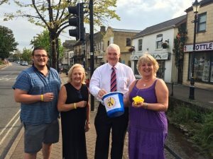 Jackie Hobbs from Pierre Hair Technicians and Steven Bishton of High Street DIY, Paul Myers Town Mayor and Hazel Franklin of the Midsomer Norton & District Carnival Association.
